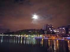 Quai de loire @ night, place de stalingrad 75019, november 2014