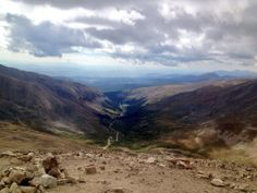 Where do you find clarity? #colorado #nature #mentalhealthday #hiking #14ers @Sydney Fleming @ColoradoHikes pic.twitter.com/PH5A6MoTrp