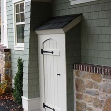 hide that utility meter with a little door! Outdoor Spaces, Outdoor Living, Outdoor Decor, Outdoor Glider, Electric Box, Outdoor Cover, Outdoor Projects, Exterior Design, Exterior Trim