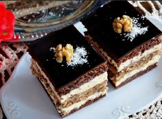 Prajitura Imperiala • Gustoase.net Sweets Recipes, Cooking Recipes, Tiramisu, Ethnic Recipes, Food, Cakes, Diy, Pies, Cake Makers