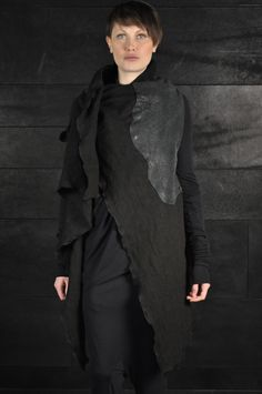 Simona Tagliaferri – Washed Black Cardigan | -PNP, fashion stores in Florence | -PNP, fashion stores in Florence