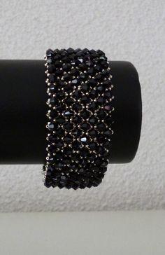 Capricho Bracelet - Black Swarovski beads