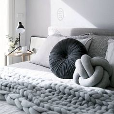 30 Modern Minimalist Bedroom Design Ideas