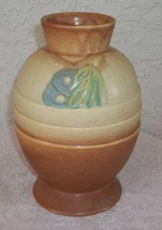 Roseville 'Futura' 'Egg with Leaves' Vase | eBay