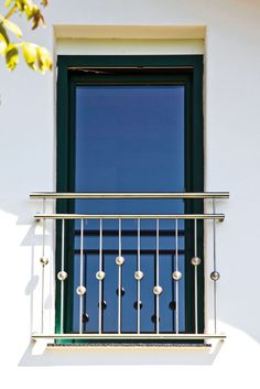 "Französischer Balkon ""Canberra"" - Another! Steel Railing Design, Stainless Steel Stair Railing, Balcony Decor, Balcony Railing Design, Door Gate Design, Steel Stair Railing, Balcony Grill Design, Duplex House Design, House Front Design"