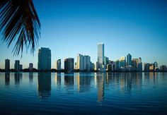 I'm in Miami CHICK! We love this view! Try a Hover tour in Miami, your missing out if you don't - seriously! Miami Wallpaper, City Wallpaper, Miami City, Downtown Miami, Miami Florida, Miami Beach, Miami Skyline, New York Skyline, Beautiful World