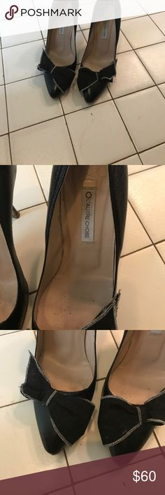 CANT BELIEVE IM DOING THIS Amazing designer shoes DEEP DISCOUNTS TODAY These extremely unusual pumps are not your typical black pumps wear with your favorite LBD jeans Grade to dress up a pantsuit their back in you know! l'autre chose Shoes Heels