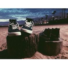 #Regram from @erikthebarber, friends are better in Sk8-Hi's.