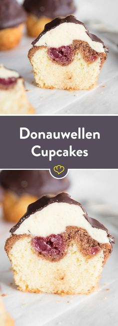 Donauwellen Cupcakes - classics with a chocolate hat! As of today, the Donauwelle wears a hat! Juicy dough, creamy pudding topping and a crunchy chocolate coating. Cupcake Recipes, Baking Recipes, Cupcake Cakes, Dessert Recipes, Torte Au Chocolat, Dessert Oreo, Food Cakes, Cakes And More, No Bake Desserts