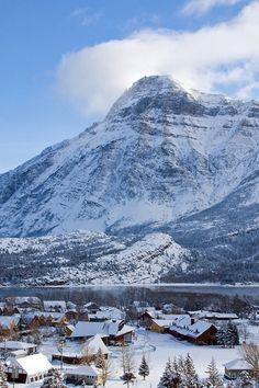 Vimy Peak, Alberta, Canada Stephen Bazin