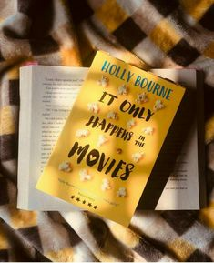 It only happens in the movies by Holly Bourne Best Books To Read, Ya Books, Books To Buy, I Love Books, Book Club Books, Book Lists, Good Books, Books To Read In Your 20s, Best Poetry Books