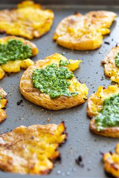 Crispy Vegan Smashed Potatoes with Chimichurri. These Smashed potatoes are baked to a crisp & served with fresh homemade parsley chimichurri. Chimichurri, Whole Food Recipes, Vegan Recipes, Cooking Recipes, Dinner Recipes, Kos, Crispy Smashed Potatoes, Fried Potatoes, Vegan Side Dishes