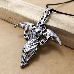 ☠☩☠Stainless Steel Skull Wings Cross Necklace☠☩☠