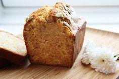 Découvrez la recette Cake Pomme cannelle et miel sur cuisineactuelle.fr.