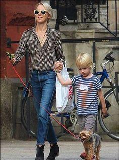 Kitsch #Spotted: Naomi Watts in Stella McCartney Spring 2014 'boyfriend' denim jeans in New York, Sept 2013!