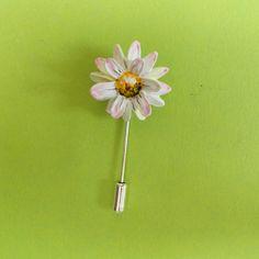 Delicate White LAWN DAISY PIN -KerrysWorksOfArt- By Artist Kerry Williams