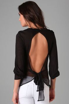 camisa espalda ovalada