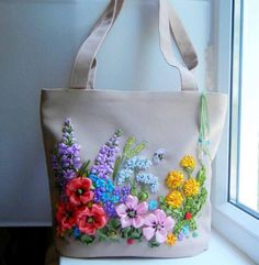 Wonderful Ribbon Embroidery Flowers by Hand Ideas. Enchanting Ribbon Embroidery Flowers by Hand Ideas. Embroidery Bags, Silk Ribbon Embroidery, Embroidery Stitches, Embroidery Patterns, Embroidery Supplies, Ribbon Art, Ribbon Crafts, Techniques Couture, Deco Floral