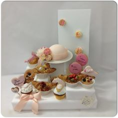 I Find so#cute this #royalbreakfast inspired to #LadyDiana#dress and #jewellery#Pink#vipria#Peach#GolD#flowers#HauteCouture#FashionHat#cameo#Cupcakes##Croissant#Fragole#Cioccolato##Elegant#Lovely##Love#fashionBlogger#Fashion#BreakfastDesign#Breakfast#SessaspecialeventAndCakes#sessaartigianidelGusto#Chapeau#Sugarcraft