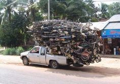 Transport in South Africa Motorcycle Camping, Camping Gear, Epic Fail Pictures, Funny Pictures, Funniest Pictures, Car Bike Rack, Vintage Bicycles, Roof Rack, Make You Smile