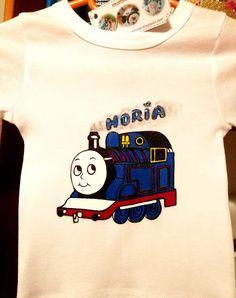 Hand painted boy blouse, Thomas the train/ Bluză băieţel, pictată manual cu trenuleţul Thomas. Thomas The Train, Manual, Textiles, Hand Painted, Boys, Mens Tops, T Shirt, Handmade, Painting