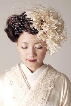 Wedding Hats, Wedding Dresses, Japanese Costume, Japanese Wedding, Wedding Kimono, Hair Arrange, Tea Party Hats, Hair Setting, Fancy Hats