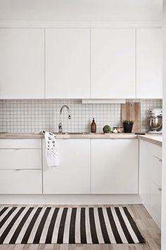 A gallery of minimalist kitchens nordic kitchen, scandinavian kitchen tiles, kitchen white Apartment Kitchen, Home Decor Kitchen, Kitchen Interior, New Kitchen, White Apartment, Kitchen Small, Stylish Kitchen, Kitchen Modern, Design Kitchen