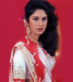 Bollywood Stars, Bollywood Cinema, Indian Celebrities, Famous Celebrities, Female Celebrities, Actress Anushka, Bollywood Actress, Indian Actresses, Actors & Actresses