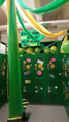 Volleyball Locker Posters Add Some Balloons On Top And Hang Stuff