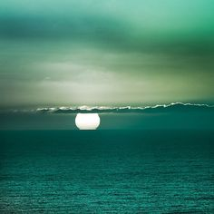 The true peace of God begins at any spot a thousand miles from the nearest land.  ~Joseph Conrad    {New Zealand / Ocean / Sunset by ►CubaGallery, via Flickr }