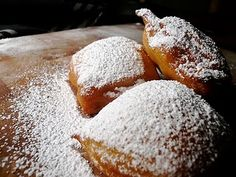 A New Orleans wedding must have beignets...