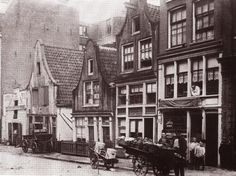 Amsterdam, Willemsstraat rond 1900. My father was born here, the very heart of the Amsterdam Jordaan