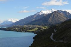 NZ Lake Wakatipu. What to see and do in the South Island of New Zealand. #travel