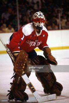 Gary Smith Hockey Goalie, Hockey Games, Gary Smith, Goalie Mask, Washington Capitals, Old Men, Nhl, Eagle, Classic