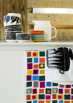 Marimekko Oliivi/Cocktail Print Tea Towels (Set of Marimekko, Textures Patterns, Print Patterns, Turbulence Deco, Textiles, Glass Ceramic, Small Quilts, Eclectic Decor, Home Textile