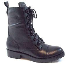 In Offerta! #Offerte Abbigliamento#Buoni Regalo   #Outlet Guess Donna Scarpe Stivaletto Zip Lanava Bootie Stivale FL4LNVLEA10 BLACK Lethaer Black disponibile su Kellie Shop. Scarpe, borse, accessori, intimo, gioielli e molto altro.. scopri migliaia di articoli firmati con prezzi da 15,00 a 299,00 euro! #kellieshop #borse #scarpe #saldi #abbigliamento #donna #regali