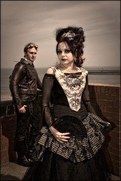 """steampunks-ladyhoghran: """"Steampunk Fashion…..Nice! Found on modelmayhem.com """""""