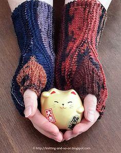 Strata #Fingerless #Gloves by Sybil R via @ravelry