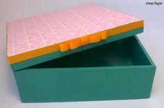 Olá! Quero te mostrar essa caixinha com papel scrap, vem aprender a fazer :D