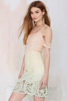 Total Fader Lace Dress - Body-Con | Lace Dresses