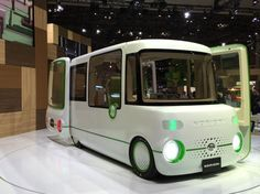 The Daihatsu Nori Ori is customed designed to suit the needs of drivers in wheelchairs.