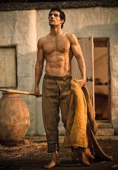 Chest shirtless henry cavill