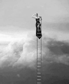 #Woman Climbing The Ladder    http://thingswomenwant.com/