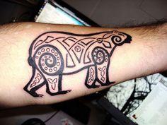 Tribal Bear tattoo                                                                                                                                                      Mehr