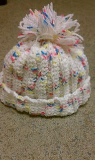Free pattern - easy baby hat plus a lot more free knit stitches