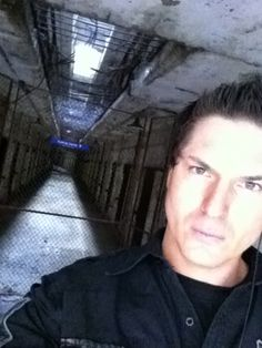 Zak Bagans - Ghost Adventures He looks so hot in this picture