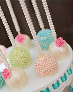Cake pops at a Vintage Pony Party. Am I too old for a vintage pony party? Pretty Cakes, Cute Cakes, Beautiful Cakes, Amazing Cakes, Beautiful Boys, Sweet Party, Bling Cakes, Pearl Cake, Cake Pop Sticks