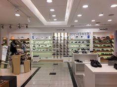 cc41c311dea Η KM store design ολοκλήρωσε πρόσφατα την επίπλωση - ανακαίνηση τμήματος  υπόδησης στο Notos Galleries της Ομόνοιας. Το εν λόγω τμήμα παπουτσιών  περιέχει ...