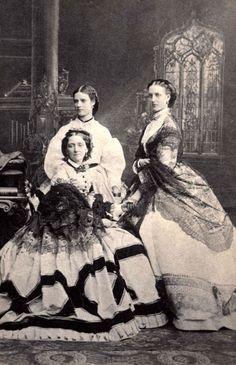 Hermitage SHOW SUIT (18). zimnedvortsovaya love story and underwear - History of Costume
