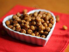 Grão de Bico crocante. Receita deliciosa de aperitivo lá em http://gordelicias.biz.